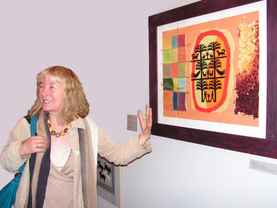 """8a.  Yolanta Nikt,  """"Drzewka i zwierzęta , kolaż, na papierze z wycinanką, wymiary 35x50 cm, / Autorka oprowadza po wystawie i malowniczo opowiada o Swoich obrazach"""
