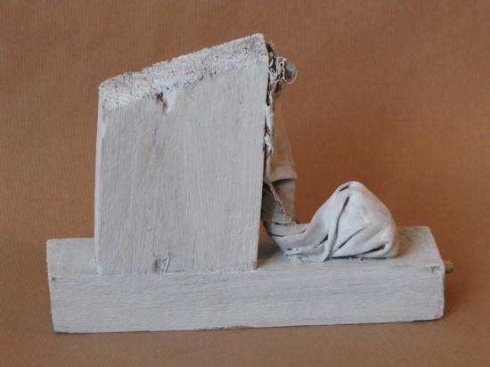 """Zdzisław Nitka """"Biały problem"""" 2010, drewno, płótno, akryl, wysokość 17 cm"""